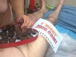 A nice chocolate hand job!