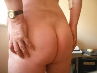 Ladies, what do you like best about a man's ass?  Do you like them smooth like mine or hairy?   I am rather pleased mine is smooth and I am proud of my firm cheeks and long slit of my ass crack
