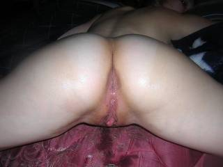 mmmmmm LOVE to lick and toung fuck both holes till there clean