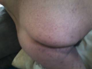 Too show more of my sexy man hole n ass! Any takers?