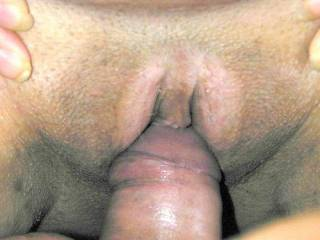 love to lick that clit with your cock going in and out