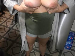 here ya go guy\'s fire away....any downriver cock wanna titty fuck my wife and glaze her big tits with lots of cum...then watch me suck them....
