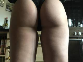 pawg phat ass I lost count of the amount times that ass got filled up with  my cum an dripping out of that asshole of hers . Myphatassgf