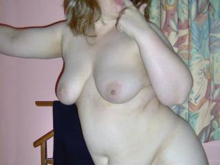 great body  i love your sexy womanly curves the kind of body that really gets my cock throbbing