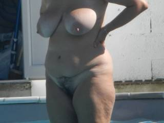 Fantastic looking thick mature body love to do some photos with you sexy lady mmmmmm