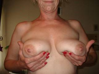 Beautiful size and shape, awesome areola and fantastic nipples. I wish they were in my hands.