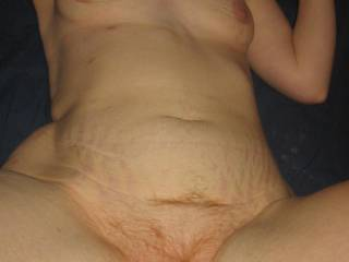 Damn it! I love this pic all the way around,let me break it down,great tits,great belly,great hairy pussy,great body,how was that for a hot woman? I want you!!