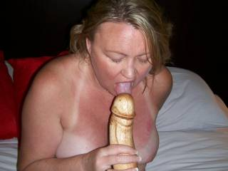 I bet you would look so sexy with that buried in your pussy!!!