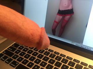 Look what happened when I saw hornygirl197676\'s photo. I love tiny tits got aroused when I saw her. Of course, I had to masturbate.
