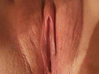 Now that is one gorgeous pussy, we love the clean shaven