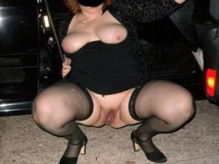 mmmmm, and id love to help you out.xxxx   Youre looking hot and wanton as usual hunni.xxxx   Very sexy, a real turn on.xxx