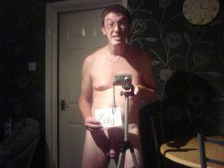 i wud love you 2 be my cameraman especially if ur naked and looking sexy like that babe mmmmmm love ya xxxx