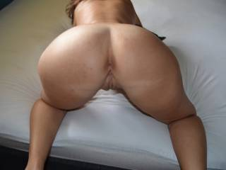 id love to make your hubby watch me pump some cum deep into that pussy from behind...does he wanna share