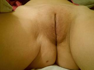 Now that is a pussy I would love to turn into a dirty naughty sticky cream pie.....