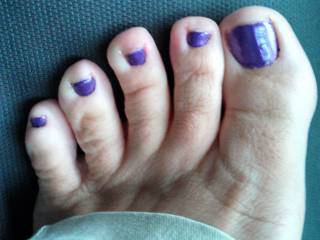 Thank you! Love those toes soooo so much! You've no idea just how much I'd love to be sucking on them right now...Beautiful!