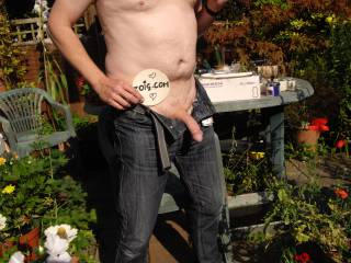 Hmm love the feeling of the hot sun and fresh air on my body ...all I need now are some ladies to wrap their hot lips around my cock and I\'ll be one very happy man. Any offers?