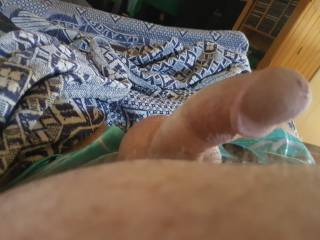 Horny looking at Zoig pics