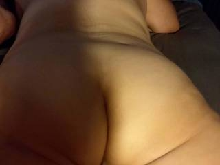 heres another pic of my butt  my friends seem to like it   are you my friend