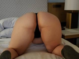 A new thicker butt for me to play with😘