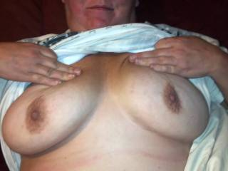 mmmmmmmmmm i want to suck and lick your cum off of her tits