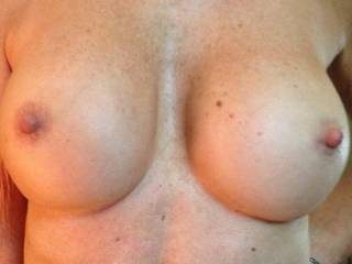 yes i love those big firm titties -- i want to drag my balls all over them and cum on them !!!