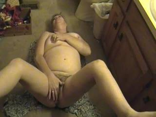 Sexy mature wife. Just another request she wanted to video. ZOIG members rock.