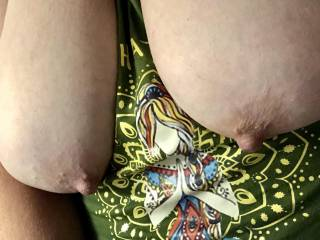 I love having both of my nipples sucked at once. How long would you suck them for??