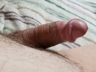 Just woke up feeling a bit horny so watching some porn and about to get off.