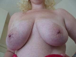 huge suck inspiring tits