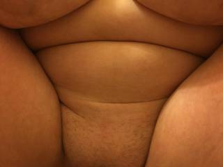 Love to hear your comments and thoughts on these big o titys and phat pussy