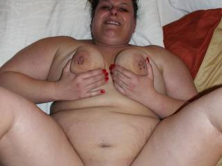 im just as ready my cock is rock hard  and id love to put in your grat looking pussy and fill u up
