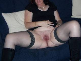 I'd love to kiss you long and hard and deep and then lick your wonderful pussy and makree it all better while you finger your clit and I gently finger your G-spot for you to enjoy an explosive orgasm and the I'll fuck you hard.  Wow would that be?