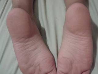 Loving those soft padded toes and smooth sexy soles. Could do so many things with those beauties....