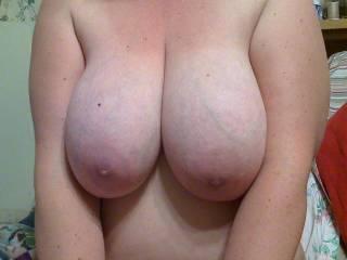 nice, creamy skin, i bet you like a good cum moisturizer on them.