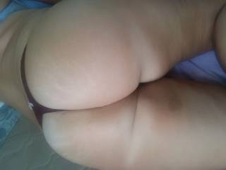 28 years old, Erin, beautiful ass and thong.   Agree?
