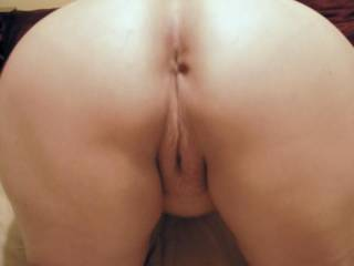 mmm very nice n tidy  love to tongue all parts visible mmm yumy xxx