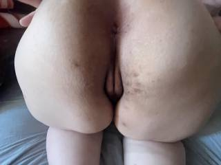 A big wide white ass spread ready for a load . Came in her 8 times the other day.