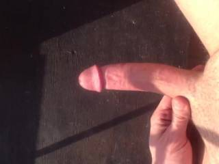 nice looking cock.  i'd like to give you a hand