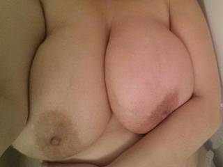 Boobies in the tub!!