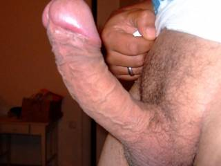 mhhhh, looks delicious - let me suck your balls and that wonderful dick !!!
