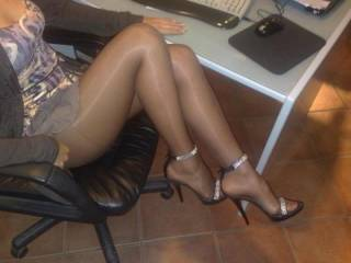 Oh yeah! Great sexy nylon legs. I hope you rubbed your cock against them.