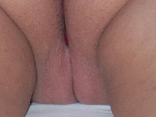 Oh yes that pussy dose looks so sweet hot wet tight and tasty just the kind of hot white pussy I enjoy licking and fucking Mmmmmmmmmm