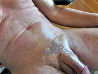 after laying in the sun for awhile, went inside to get on zoig.  applied a little home-made lube.