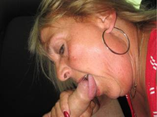 She suck my cock on the back seat