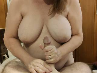 THE best masseuse I have ever had! Of course, that great view really helps. Mrs. Shutterbug58 is absolutely fantastic with her hands. She can get every bit of stress out. Her video will show her great cock massage skills.