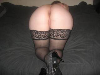 Yes I would love to eat and fuck your beautiful pussy  and make you scream with joy on the end of my hard cock. I would fill your pussy with my cock and juice for your hubby to clean up after xx