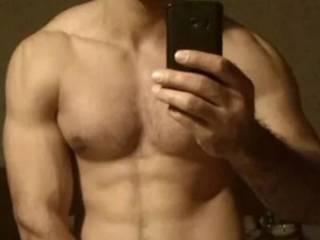 I am muscle gay boy