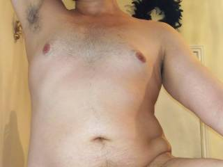 U like big guys with a belly and small soft cock