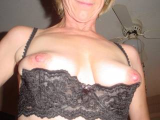 You should see me when shopping; i wear this bra and t-shirt