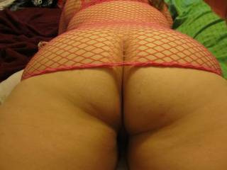 Love it thick ASStounding round healthy juicy amASSing ass, I want to play